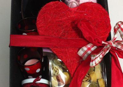 Geschenkkorb_Geschenkbox_Zum_Valentinstag