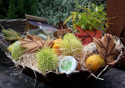 Herbstzauber_Geschenkkorb_in_Feuerschale